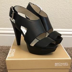 Michael Kors - Carla Platform Heel